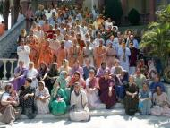 Appreciating the senior devotees