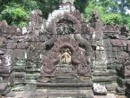 Neak Pean temple 007.jpg